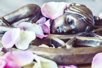 goddess-must-rest-nej-photography-spookymrsgreen